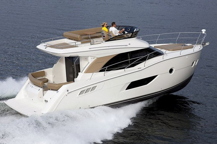 carver c40 running starboard