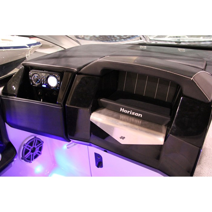 four winns horizon 290 dash