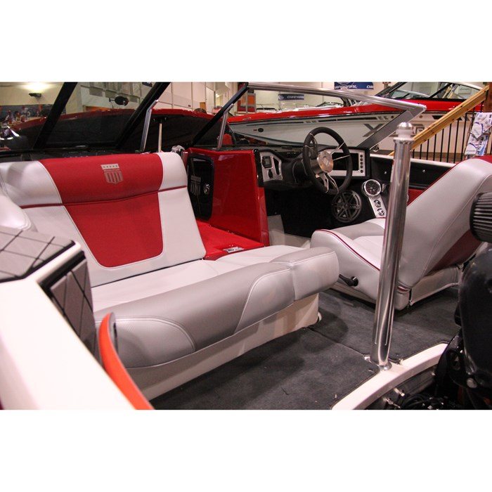 2014 MasterCraft ProStar Ski and Wakeboard Boat Review