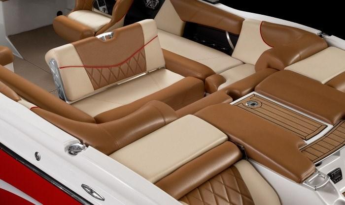 mastercraft x23 seats2