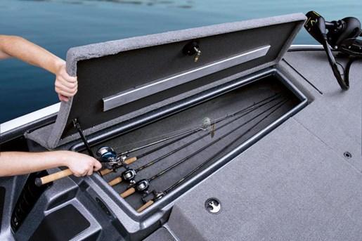 Nitro Z-7 Sport rod storage
