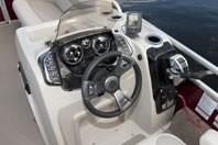 Princecraft Sportfisher LX 23-2RS helm