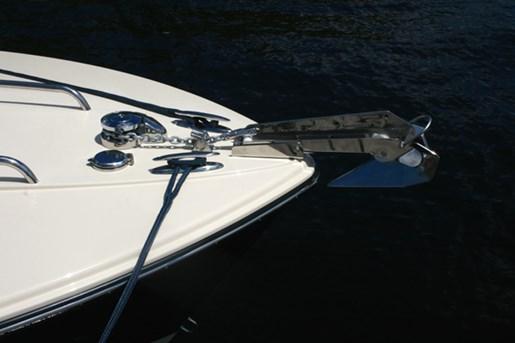 rossiter 23-stern-windlass