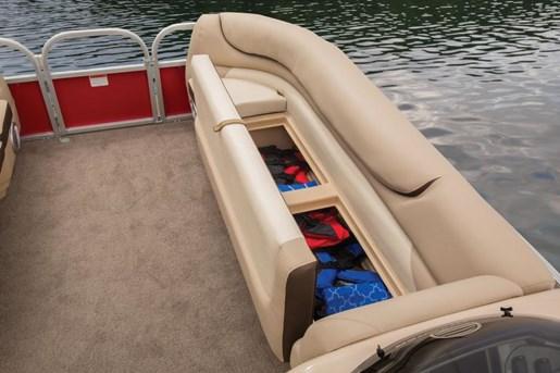 sun tracker party barge 2- dlx storage