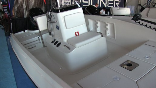 bayliner Element f16  Console