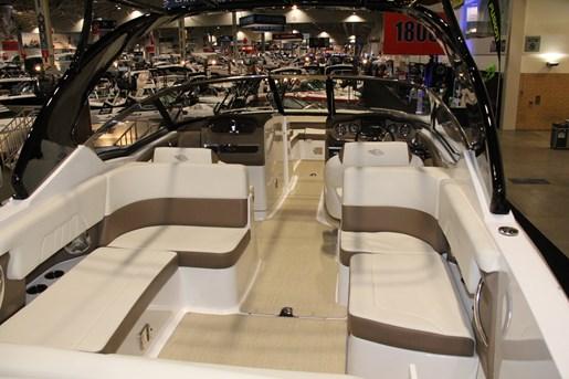 chaparral 307 ssx cockpit seats