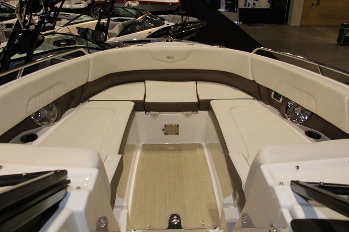 chaparral 307 ssx bow