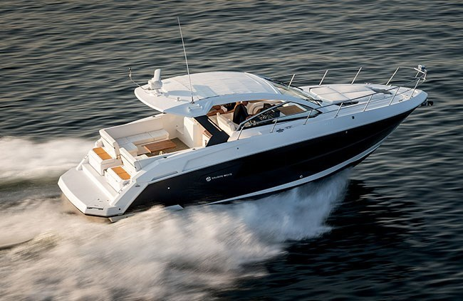 2016 Cruisers Yachts 39 Express Coupe Motor Yachts Boat Review