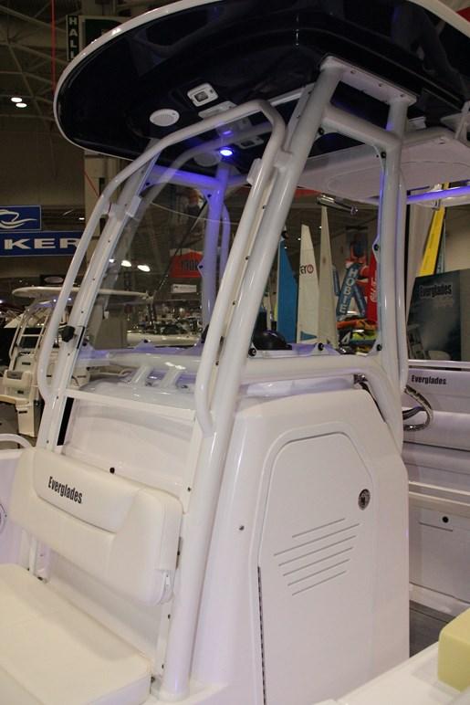 everglades 230 windshield 1