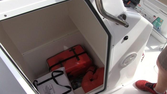hurricane cc21 console compartment