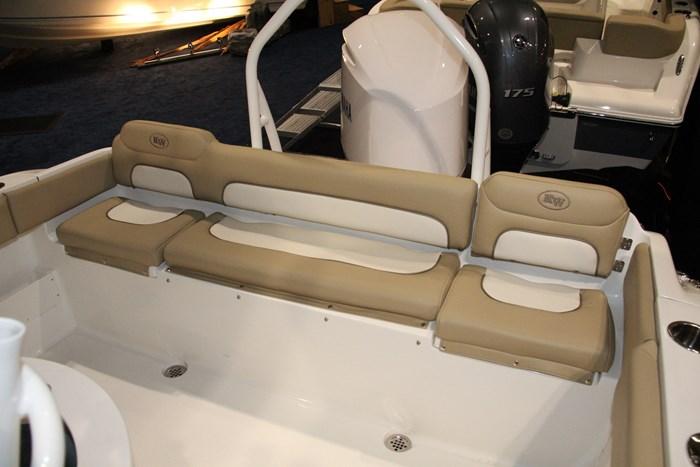 key west 239 fs stern seating