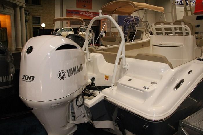 key west 239 fs yamaha engine