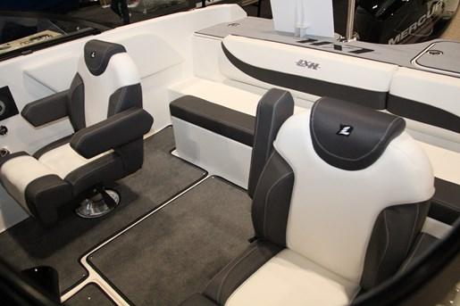 larson lxh 190 ob captain seat