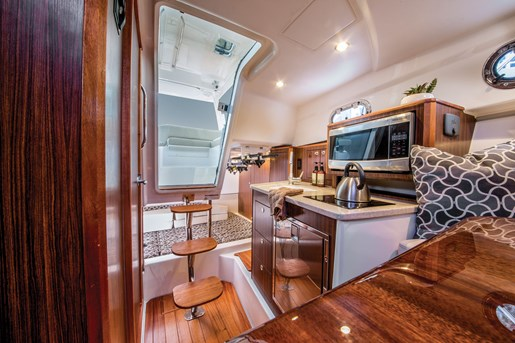 pursuit os 325 galley