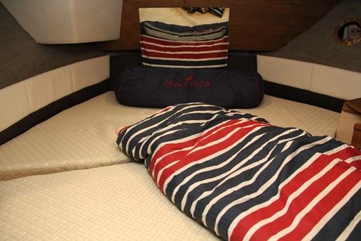 ranger tugs r 29 s bed