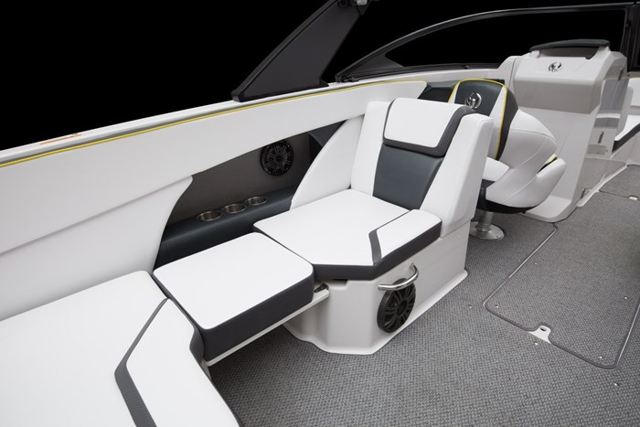 scarab 255 impulse seats