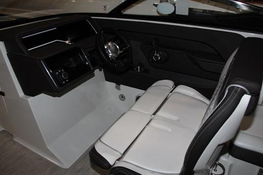 sea ray 280 slx captain chair