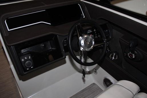 sea ray 280 slx helm