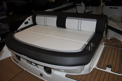 sea ray 280 slx sun lounger