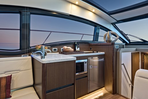 sea ray 400 fly galley