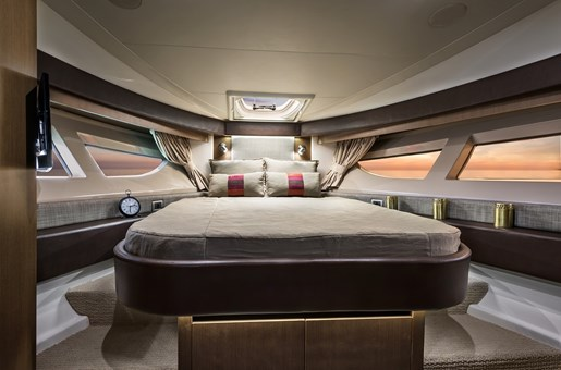 sea ray 400 fly masterbed