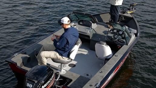 smoker craft pro angler 172 fishing