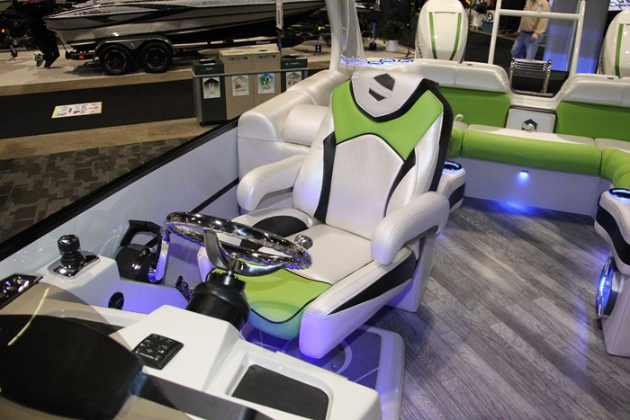 south bay 925 sss captain seat