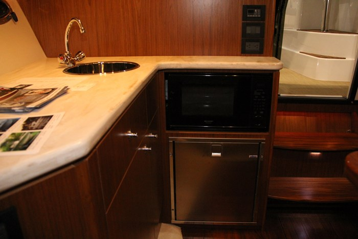tiara 31 galley