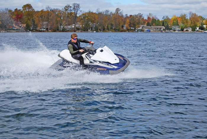 2016 Yamaha VX Deluxe Waverunner Personal Water Craft Boat