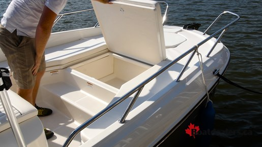 Bayliner Element F21 Storage