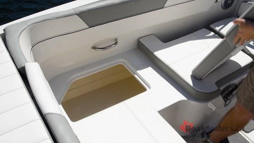 Bayliner VR5 OB Storage