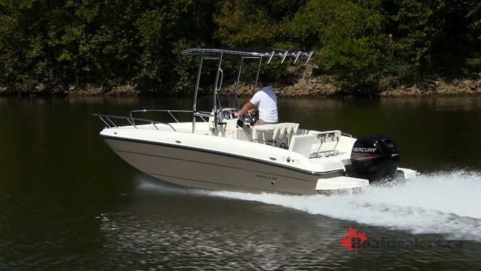 Bayliner Element F21 Running