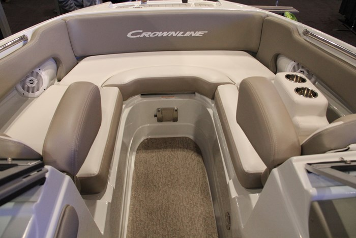 crownline e 1 xs bow u shape