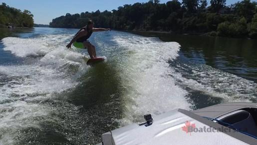 Heyday WT2 Surfing2