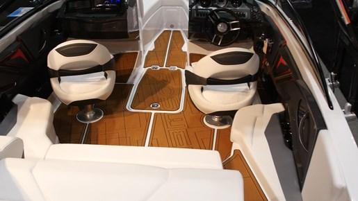 Monterey 238SS Surf Cockpit