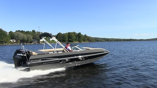 2017 princecraft ventura 220 ws pont bateau critique du for Fishing pontoon boat reviews