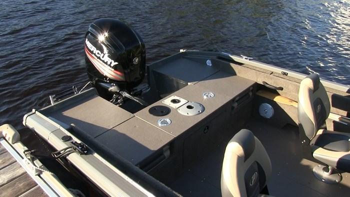 Princecraft Sport 164 rear deck