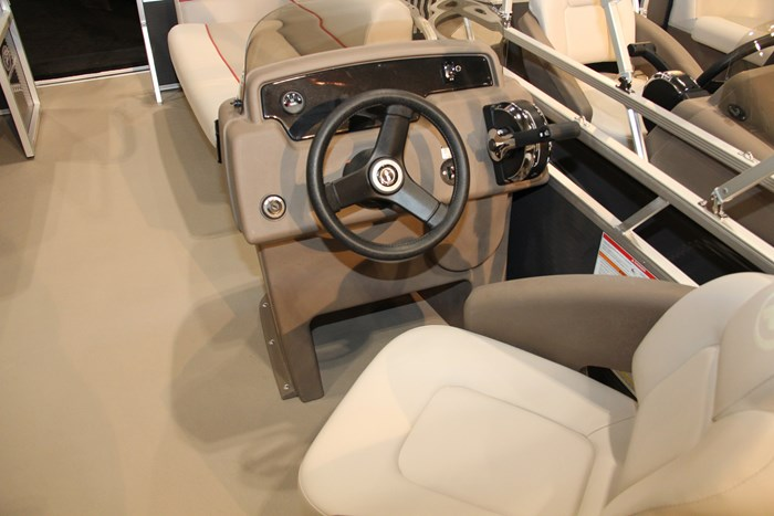 princecraft jazz 170 pontoon (6)