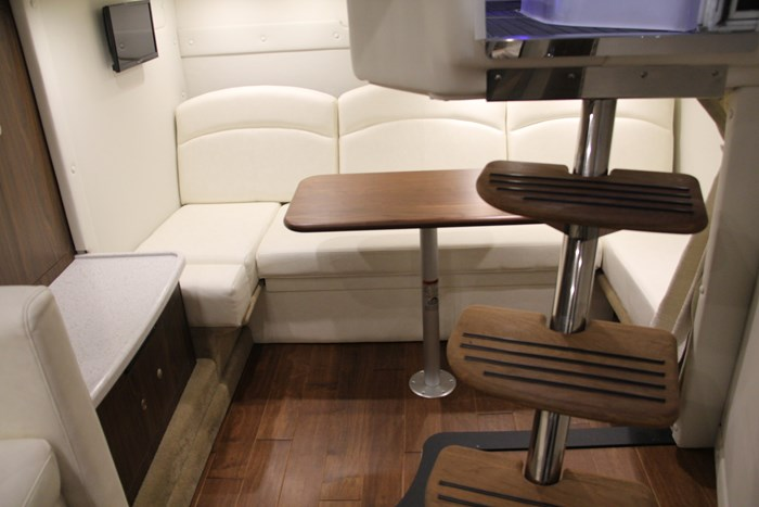 rinker 370 ex cuddy seating