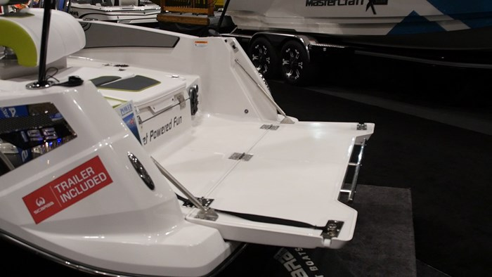 Scarab 195 Open Tailgate