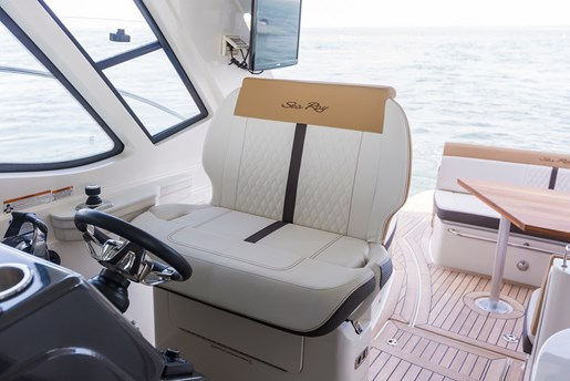 sea ray sundancer 350 coupe captain chair