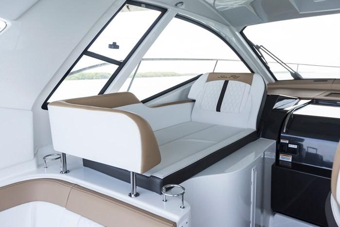 sea ray sundancer 350 coupe lounge seat
