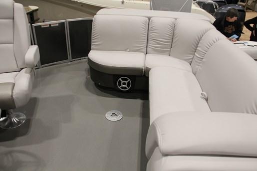 sweetwater premium 195 c pontoon seating