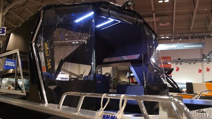 Thunder Jet Chinook Offshore Curtain 2