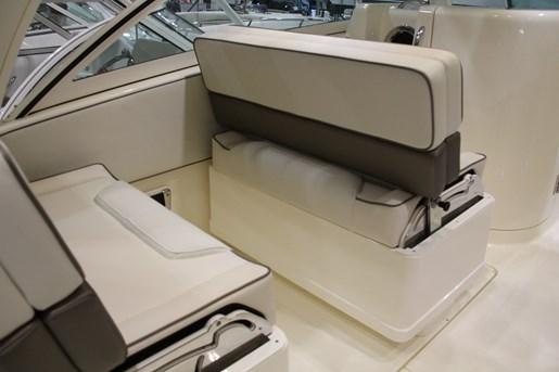 worldcat 320 dc seat