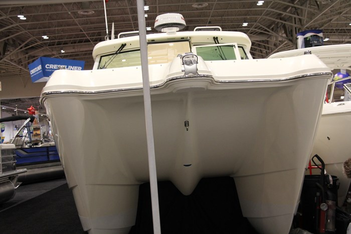 Axis Boats For Sale >> 2017 Worldcat 320DC Dual Console Boat Review - BoatDealers.ca