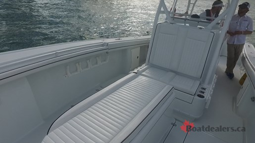 Yellowfin 34Offshore Seat