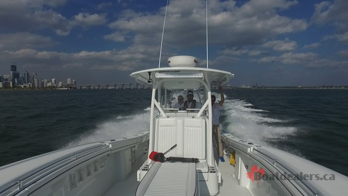 Yellowfin 34Offshore Running2