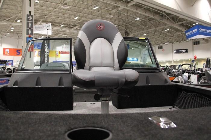 alumacraft shadow 175 competitor sport fishing seat