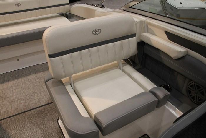 cobalt 23 sc side seat